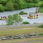 地元の皆さんと尻別川の河川清掃を実施しました